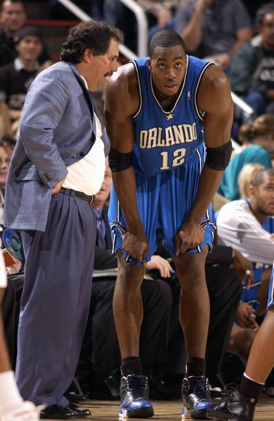 Van Gundy con Dwight Howard: il rapporto tra i due si incrina progressivamente